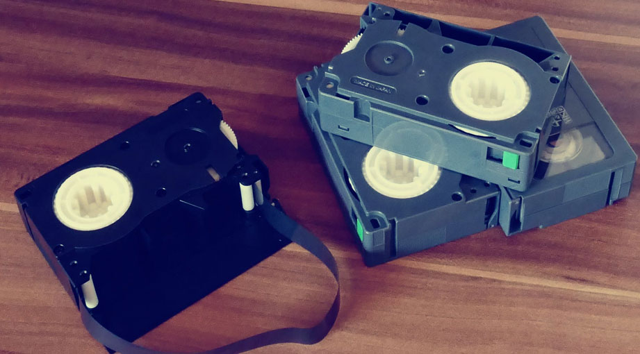 PostImage Guide to Converting Old Video Tapes to DVD first step - Guide to Converting Old Video Tapes to DVD